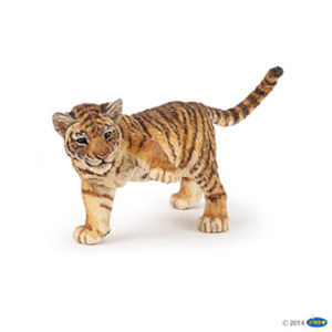 Tiger with raised paw(1)